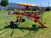 Image for article New Pottinger TOP 421A Top Tech Plus Rake