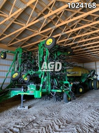 Gallery image 1 for Used 2018 John Deere 1870 Air Drill