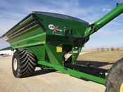 Image for article New 2021 J&M 1522-20S Grain Cart