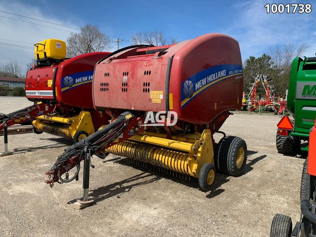 Gallery image 1 for Used New Holland RB450 Round Baler