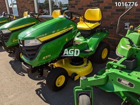 Gallery image 1 for Used 2018 John Deere X370 Lawn Tractor