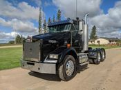 Image for article Used 2006 Kenworth T800 Semi-Truck