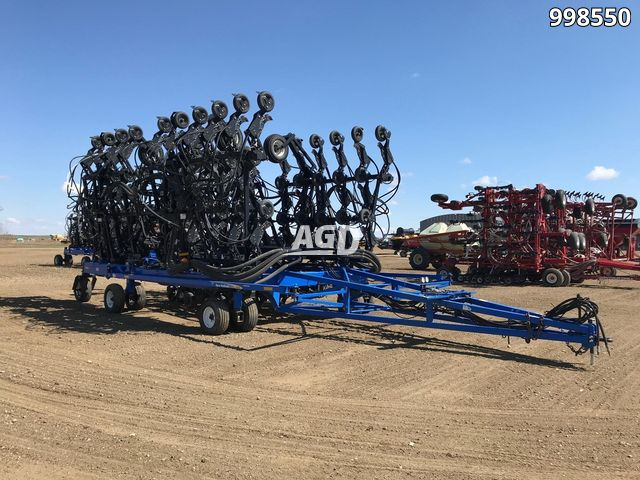 Gallery image 1 for Used 2010 New Holland P2070 Air Drill