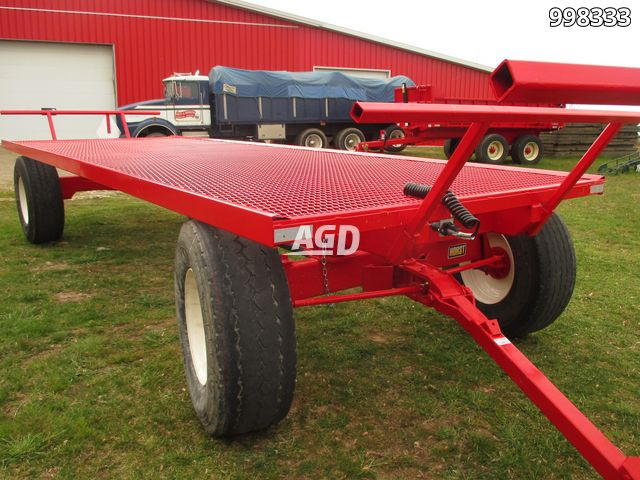 Gallery image 1 for New Creekbank Welding Bale Wagon