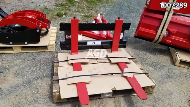 Gallery image 1 for New Igland FL95 Pallet Fork