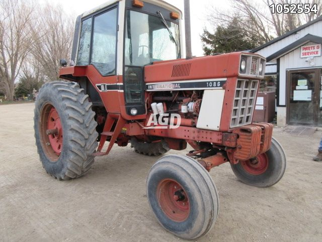 Gallery image 1 for Used 1979 International Harvester 1086 Tractor