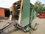 Image for article Used John Deere 435 Round Baler