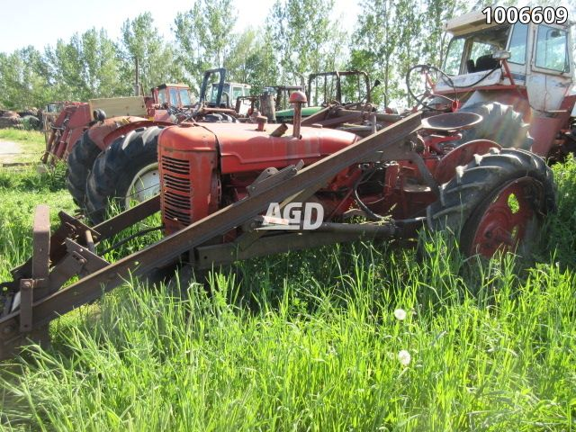 Gallery image 1 for Used 1952 Farmall Super C Tractor