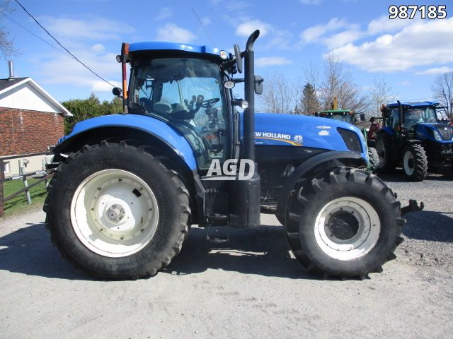 Gallery image 1 for Used 2012 New Holland t7.235 Tractor