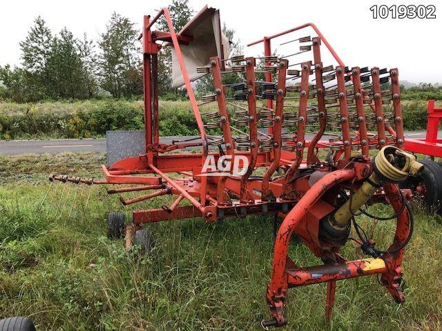 Gallery image 1 for Used Kuhn GA 4501GM Rake