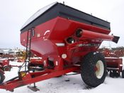 Image for article Used Brent 672 Grain Cart