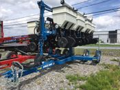 Image for article Used Kinze 3500 Planter