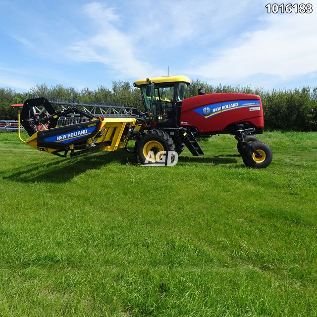 Gallery image 1 for Used 2015 New Holland SPEEDROWER 130 Windrower