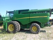 Image for article Used 2012 John Deere S680 Combine
