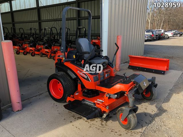 Image for Used 2015 Kubota ZD1211L-72 Mower - Zero Turn