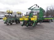 Image for article Used John Deere 1770 Planter