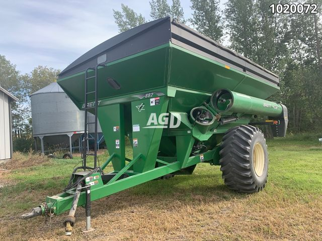 Gallery image 1 for Used 2012 Brent 882 Grain Cart