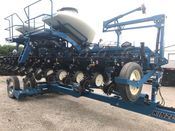 Image for article Used 2011 Kinze 3660 Mech 12rn Planter