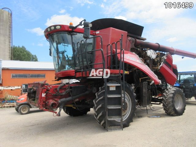 Gallery image 1 for Used 2009 Case IH 7120 Combine