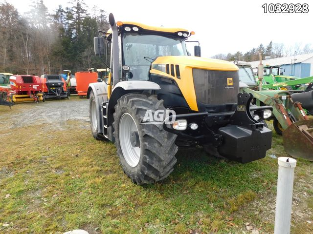 Gallery image 1 for Used 2013 JCB 3230 Tractor