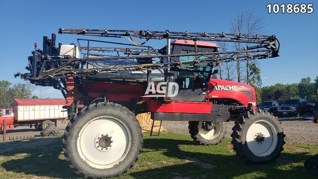 Image for Used 2003 Apache 790 Sprayer - Self Propelled