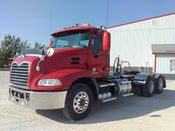 Image for article Used 2011 Mack CXU613 Semi-Truck