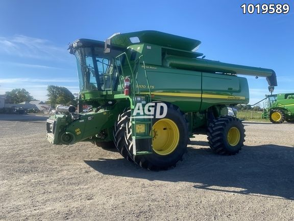 Image for Used 2009 John Deere 9870 STS Combine