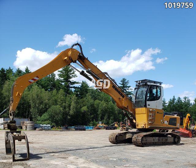 Gallery image 1 for Used 2003 Liebherr LH30 Excavator