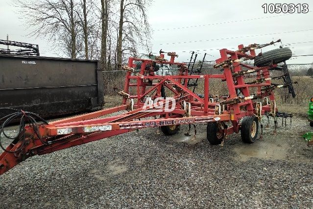 Image for Used Wil Rich 3400 Cultivator