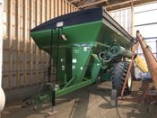 Image for article Used 2010 Brent 882 Grain Cart